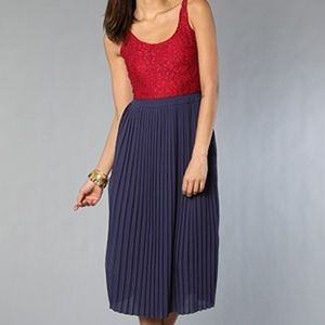 Motel Milly Dress Red Lace Navy Pleated Skirt - S